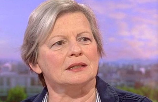 ABILITATE INCREDIBILĂ! O femeie poate MIROSI boala Parkinson