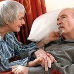 Bolnavii de Alzheimer nu uită să-i iubească pe cei de care nu-și mai amintesc