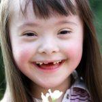 Mesajul pe care mama unei fetițe cu Sindromul Down l-a scris medicului care îi propusese avortul