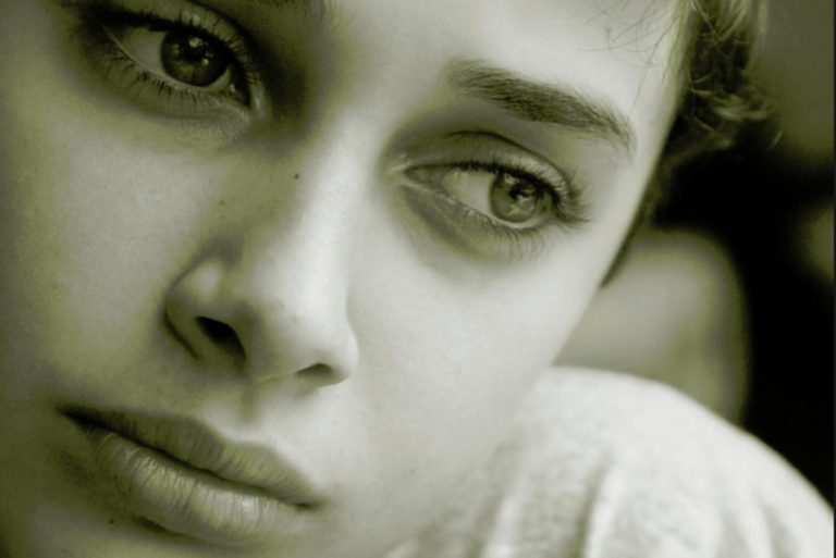 Cum ne poate îmbolnăvi TRISTEȚEA! Organul cel mai afectat de această emoție negativă este…