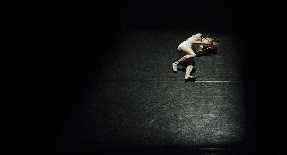 Studiu: Tot mai mulţi oameni din țările bogate mor din pricina singurătăţii