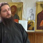 """Părintele Pantelimon, de la Mânăstirea Oaşa, spune că """"Depresia apare atunci când oamenii nu-şi mai înţeleg menirea pe acest pământ"""""""
