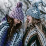 """Potrivit unui studiu dacă ai o soră """"vorbăreață"""" este ca și cum ai avea un antidepresiv natural"""