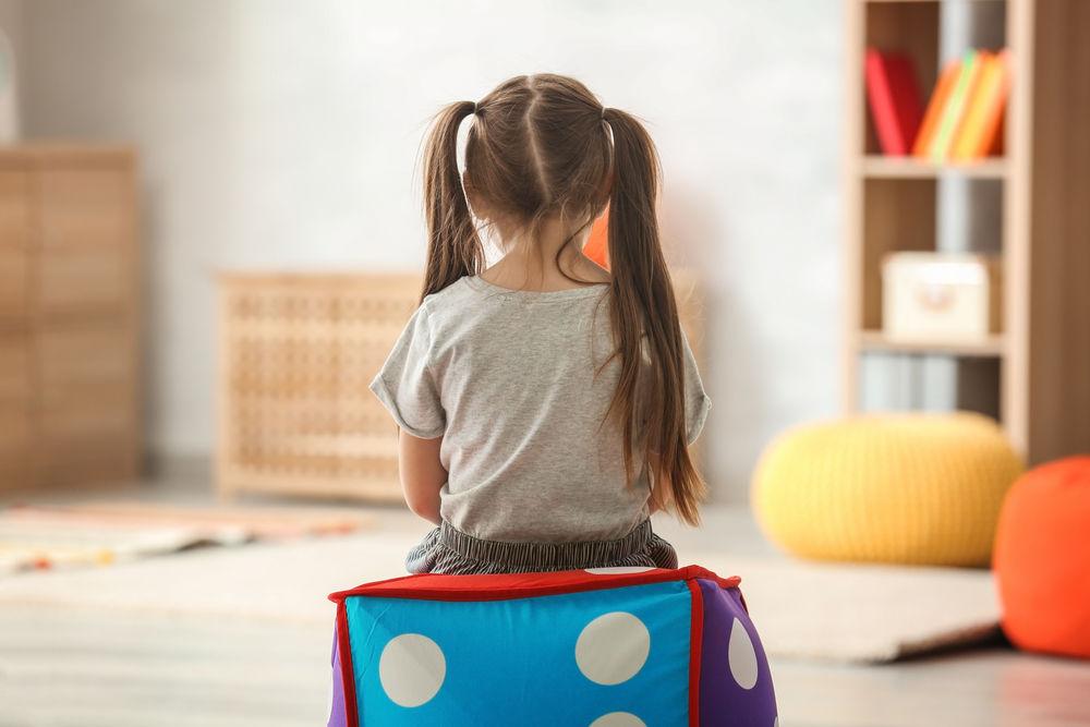 Cauze și simptome ale autismului